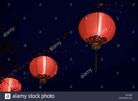 where to buy new year lanterns in singapore lantern singapore chinatown new year