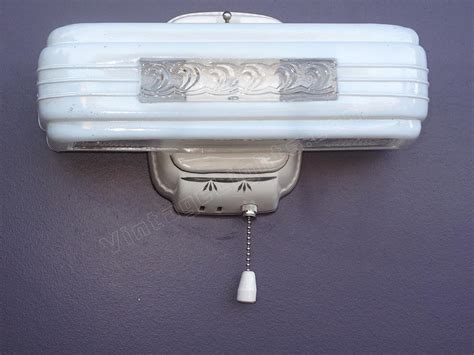 old bathroom light fixtures vintage bathroom light fixtures