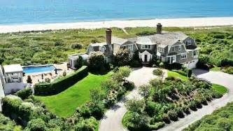 summer in the hamptons will be sizzling commentary