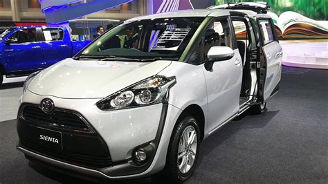 Toyota Sienta 1 5 G toyota sienta ร น 1 5 g ราคา 750 000 บาท