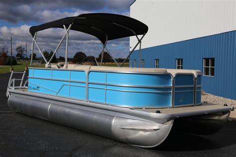 pontoon boat dealers in michigan pontoon boats for sale in michigan boatinho