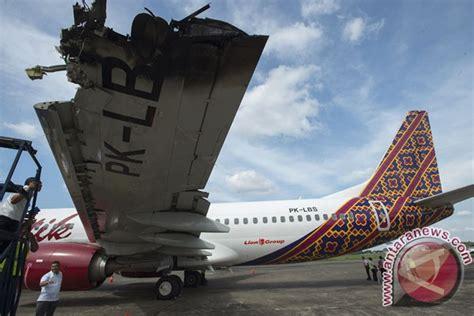 batik air jakarta ujung pandang pesawat batik air bersenggolan dengan transnusa antara news