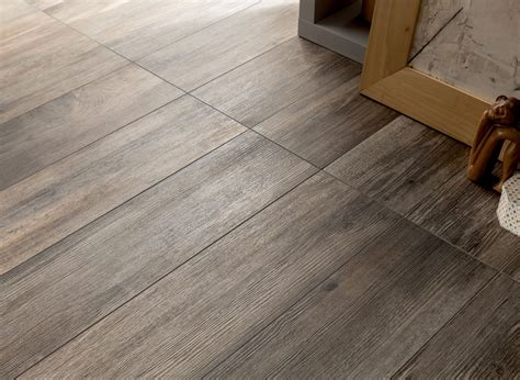 Hardwood Floor Tile with Wood Look Tiles