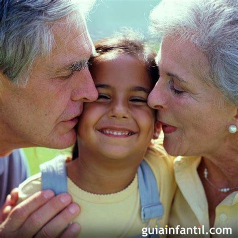 abuelos en el toylet lo que los abuelos pueden hacer por sus nietos