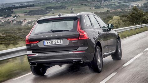 volvo suv review 2017 volvo xc60 review smaller suv is a safe bet