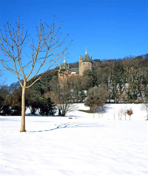 top places to visit in uk snow fall creative cardiff wales 10 places to see snow on day in