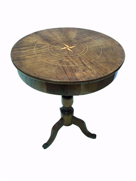 antico tavolino da salotto con cassetto