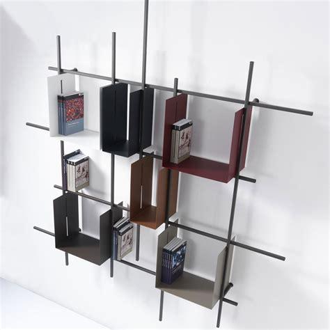 libreria da parete librerie da appendere a parete idee e soluzioni efficaci