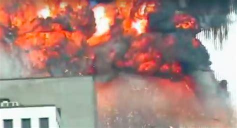 impactante video de v 237 ctimas del ataque qu 237 mico en siria video in 233 dito ataque a las torres gemelas se vuelve viral