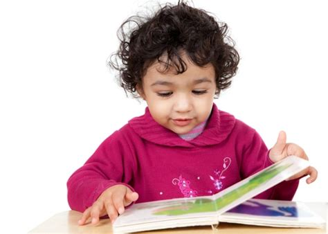 picture of child reading book how to inspire children to enjoy books