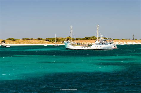 rottnest express boats cruising the swan river perth to rottnest island western