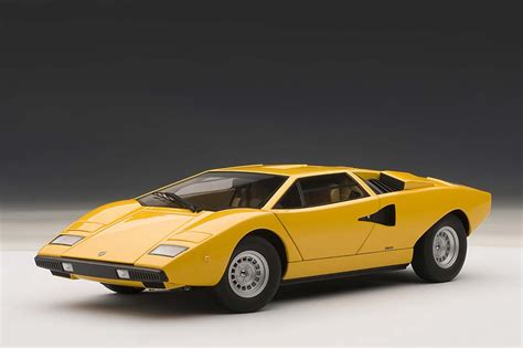 yellow lamborghini countach autoart die cast model lamborghini countach lp400s yellow