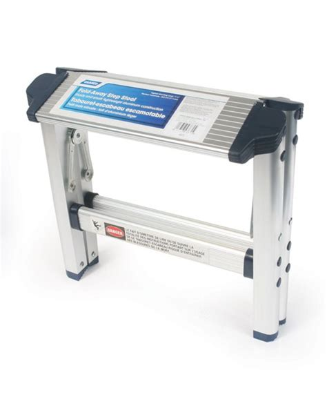 camco folding step stool aluminum 11 1 2 quot camco