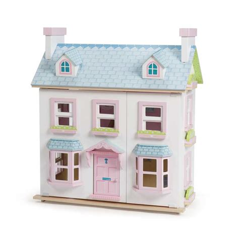mayberry manor dolls house h118 mayberry manor dolls houses without furniture le toy van wooden toys north