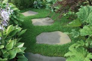 Garden stepping stone design and ideas inspirationseek com