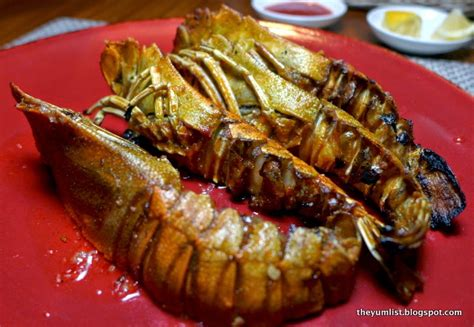 Hton Seafood Kitchen by Makan Kitchen Doubletree By The Yum List