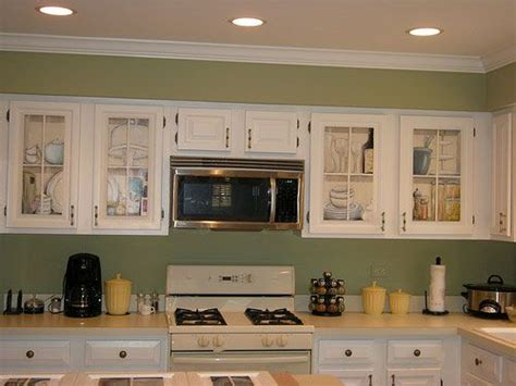 green and white kitchen cabinets kitchens cream cabinets green walls 30 phenomenal