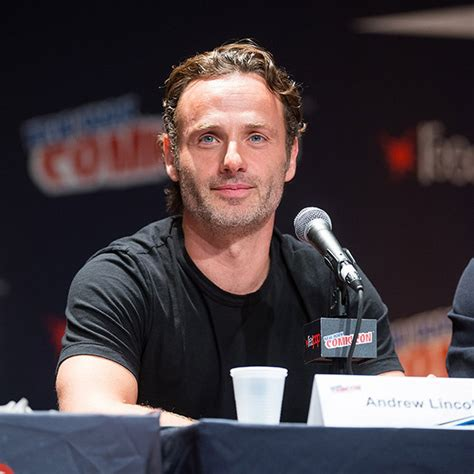 andrew lincoln character andrew lincoln thinks his love actually character is a