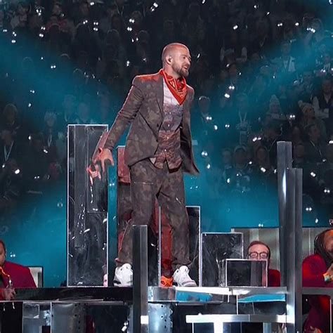 Justin Timberlake Stole The Show by Justin Timberlake S Camouflage Bowl Suit Explained
