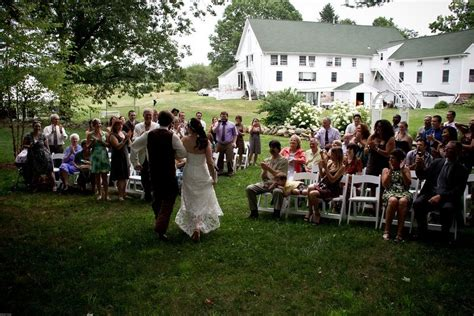 greater lowell budget wedding guide venues howl magazine - Budget Wedding Venues Greater