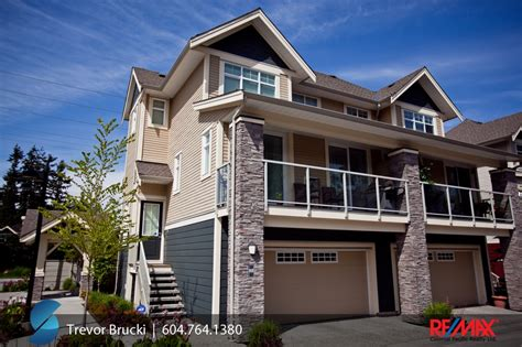 3 bedroom townhouses for sale in surrey bc 43 15454 32 av south surrey white rock nuvo morgan