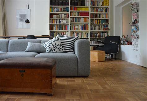 graue sofas ideen f 252 r dein wohnzimmer