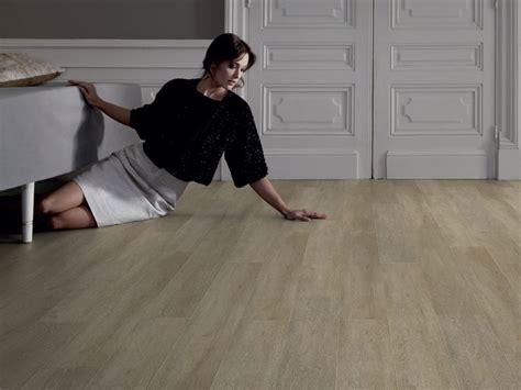 pavimento in vinile caratteristiche pavimento in vinile pavimentazioni