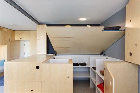 Rangement Pour Studio by Cloison Mobile Et Rangements Malins En Bois Dans Un Studio