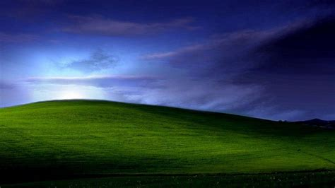 wallpaper desktop bergerak xp windows xp wallpapers bliss wallpaper cave