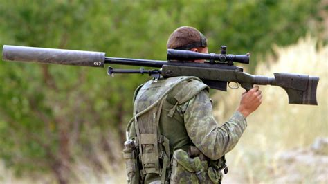 best snipers canadian sniper hits militant with record setting