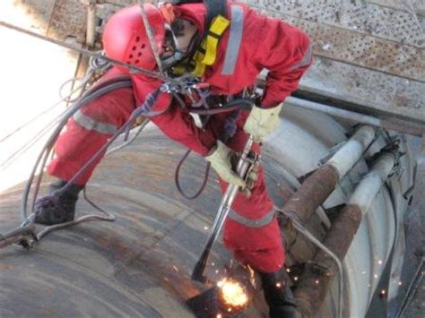 Offshore Welder field rig alberta career