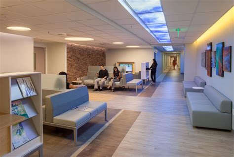 Waiting Area Interior Design by Clinic Waiting Room Design