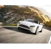 Aston Martin V8 Vantage Photos  PhotoGallery With 106