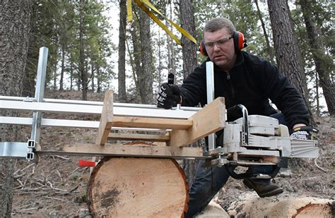 Making Lumber With Our Alaskan Chainsaw Mill   Pure Living