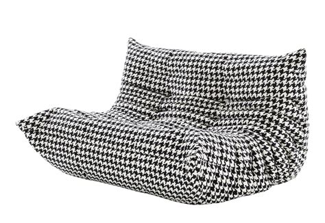 Togo Sofa by Togo Sofa 2 Seater By Ligne Roset Stylepark