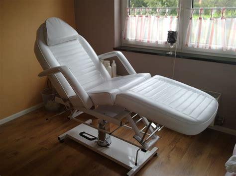 tweedehands stoel schoonheidssalon verzorging behandelstoel voor schoonheidsspecialiste of