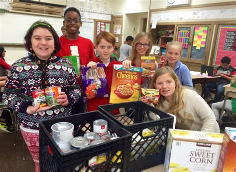 Brookfield Food Pantry by Congress Park Hold Food Drive Blogs Community