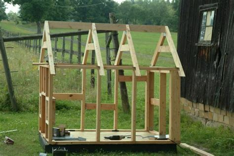 how to build a dog house with a porch building a dog house