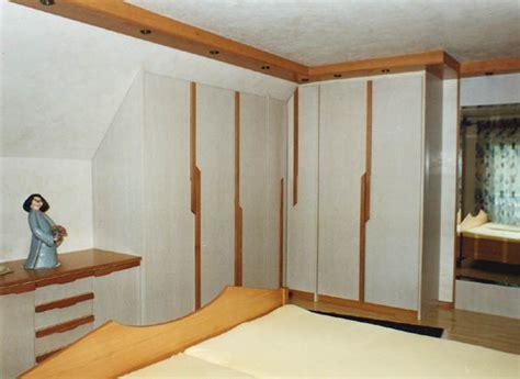 grosse bilder fürs wohnzimmer schlafzimmer violett gestalten