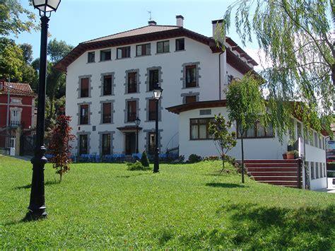hostal el jard n hoteles en picos de europa hotel el tilo hotel