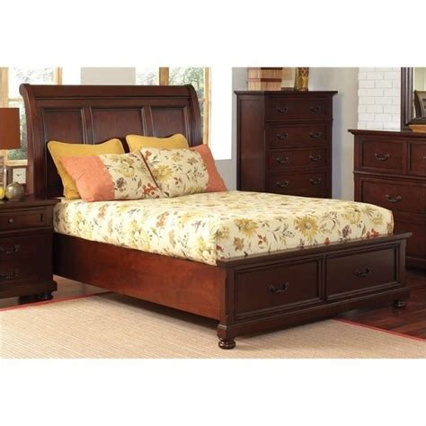 newcastle bed brown warm cherry broyhill eastlake 2 panel bed in warm brown cherry
