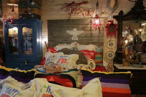 junk bedroom makeover rustic barnwood decorating ideas gac