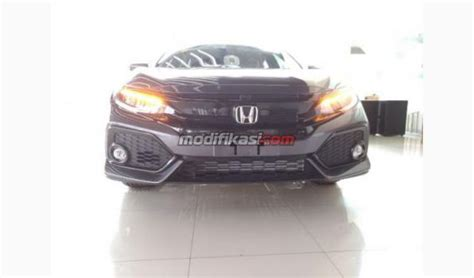 Civic Turbo Ready Stock 2018 honda civic 1 5l turbo hatchback ready stock jakarta