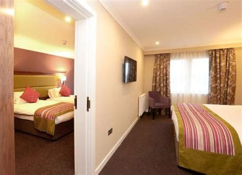 hotels interconnecting rooms interconnecting rooms picture of best western dundee woodlands hotel dundee tripadvisor