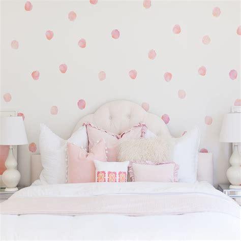 polka dot bedroom best 25 polka dot wall decals ideas on polka