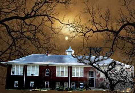 real haunted houses in indiana 12 haunted houses indiana will terrify you in the best way