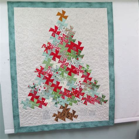 twister christmas tree quilt pattern 213 best images about quilts lil twister patterns on