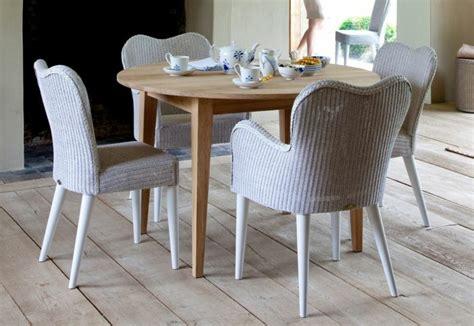 Roter Speisesaal Tisch Und Stühle by Roter Tisch Und St 252 Hle M 246 Belideen