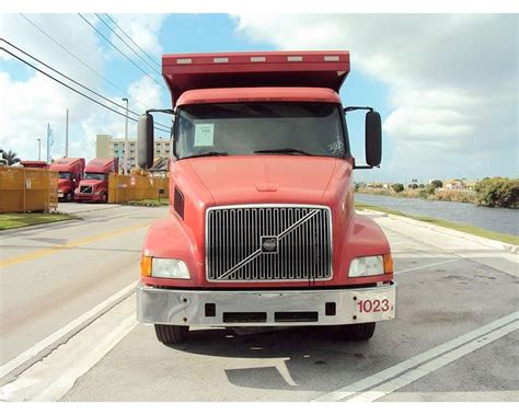 volvo heavy duty trucks for sale 2000 volvo vnm64200 heavy duty dump truck for sale miami