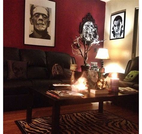 17 best ideas about horror decor on